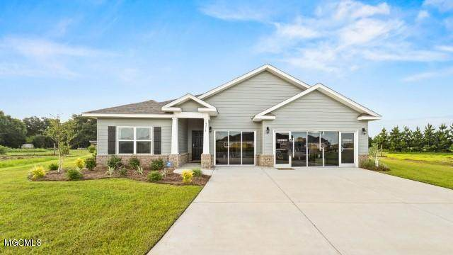 7177 Glen Eagle Dr, Biloxi, MS 39532 (MLS #367235) :: Berkshire Hathaway HomeServices Shaw Properties