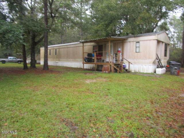 7107 Nutbank Rd, Moss Point, MS 39562 (MLS #367603) :: Berkshire Hathaway HomeServices Shaw Properties