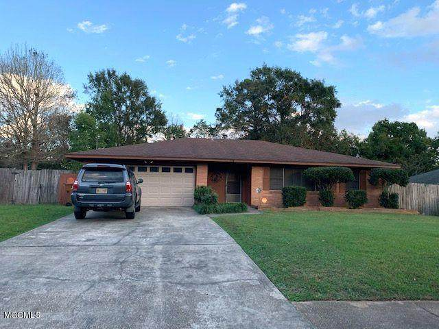 728 Holly Hills Dr, Biloxi, MS 39532 (MLS #367977) :: The Demoran Group of Keller Williams