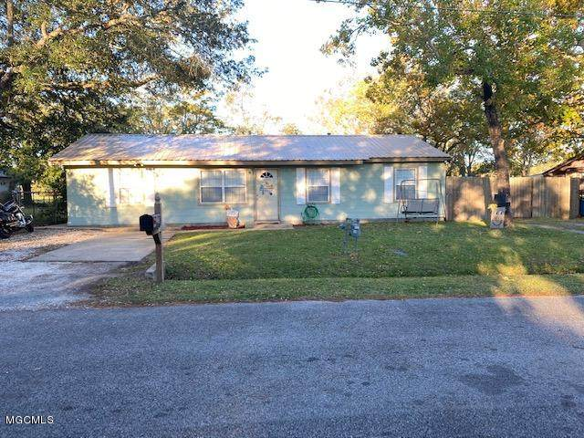 2429 Sycamore St, Pascagoula, MS 39581 (MLS #368152) :: Berkshire Hathaway HomeServices Shaw Properties
