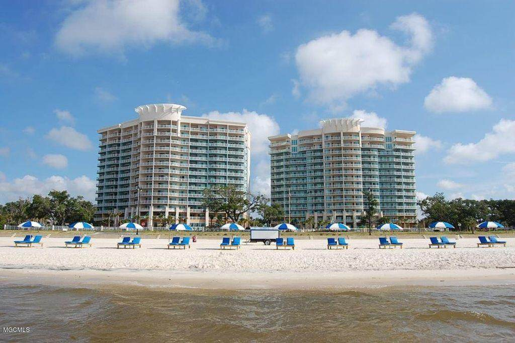 2230 Beach Dr - Photo 1