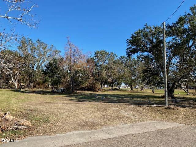 214 Howard Ave, Biloxi, MS 39530 (MLS #368764) :: Berkshire Hathaway HomeServices Shaw Properties