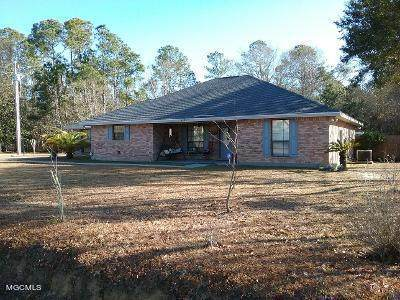 1424 Margie St, Waveland, MS 39576 (MLS #370317) :: The Sherman Group