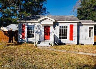 905 Sarrazin Ave, Pascagoula, MS 39567 (MLS #371155) :: Dunbar Real Estate Inc.