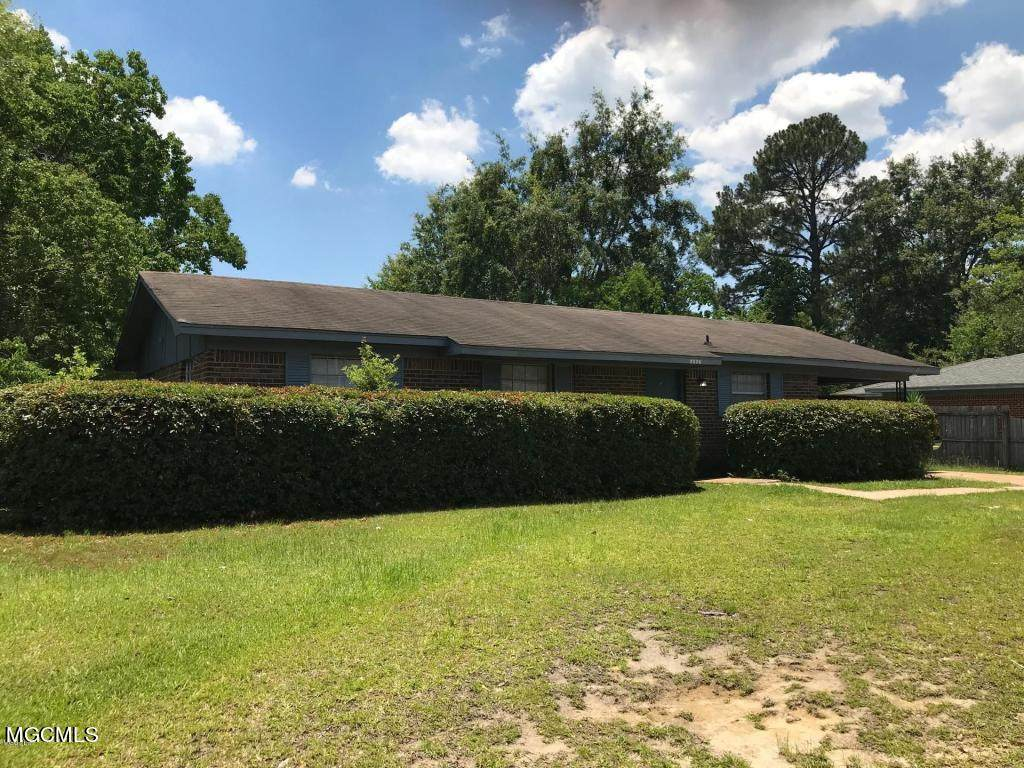 2526 Tandy Dr - Photo 1