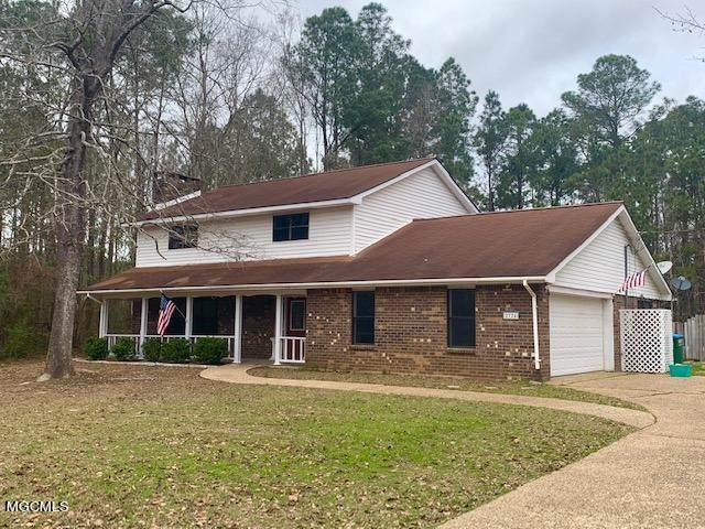 2724 Bayou Oaks St, Gautier, MS 39553 (MLS #372082) :: Coastal Realty Group