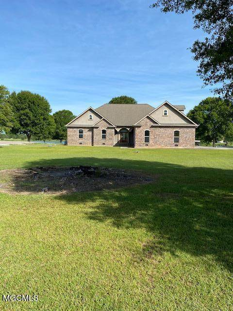 6 Lunker Ln, Poplarville, MS 39470 (MLS #372367) :: Berkshire Hathaway HomeServices Shaw Properties