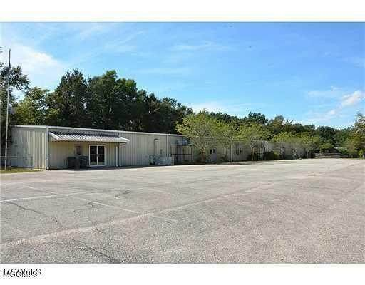 5557 Daugherty Rd, Long Beach, MS 39560 (MLS #372598) :: The Sherman Group