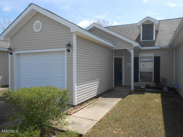 13509 Laurel Oaks Ln, Gulfport, MS 39503 (MLS #372607) :: The Sherman Group