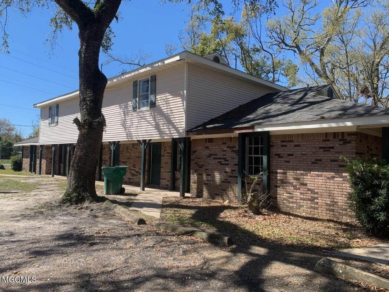 2201 Gulf Ave - Photo 1