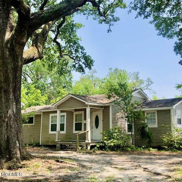 1702 Jones Ave, Gulfport, MS 39501 (MLS #374641) :: Coastal Realty Group