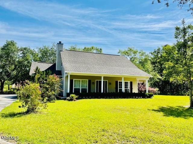 9076 Henry Shubert Rd, Bay St. Louis, MS 39520 (MLS #374985) :: Coastal Realty Group