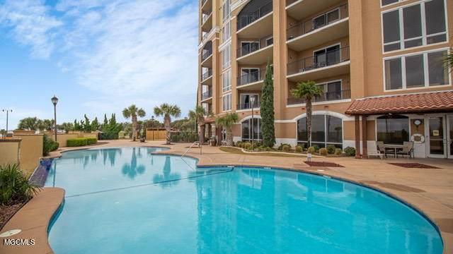 1200 Beach Dr #104, Gulfport, MS 39507 (MLS #375375) :: Dunbar Real Estate Inc.