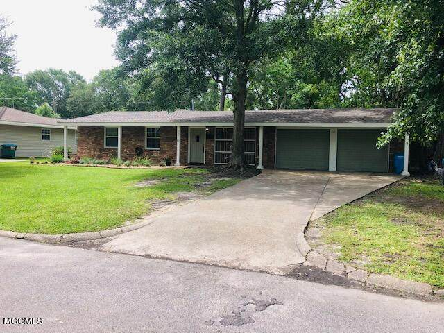 2210 Kingsberry Ave, Pascagoula, MS 39567 (MLS #375483) :: Dunbar Real Estate Inc.