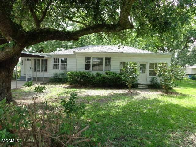 644 Oakleigh Ave - Photo 1