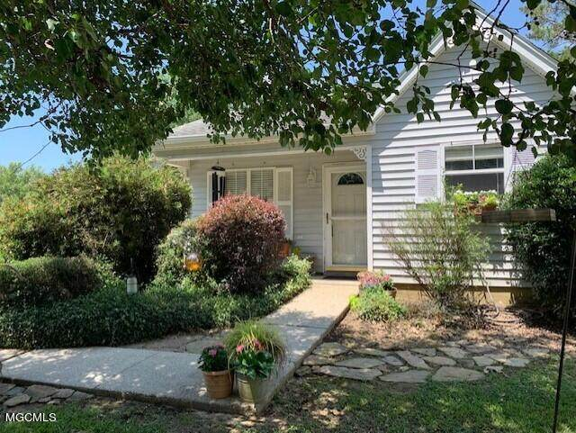 12297 Windward Dr, Gulfport, MS 39503 (MLS #376274) :: Dunbar Real Estate Inc.