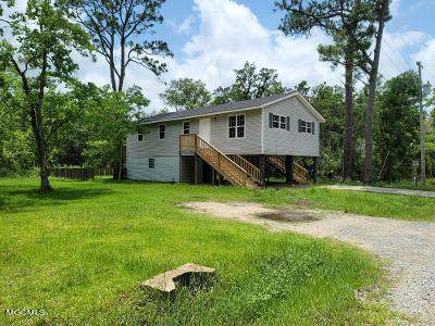 4085 11th Ave, Bay St. Louis, MS 39520 (MLS #376792) :: Coastal Realty Group