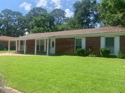 16016 Cherry Dr, Biloxi, MS 39532 (MLS #376988) :: Biloxi Coastal Homes