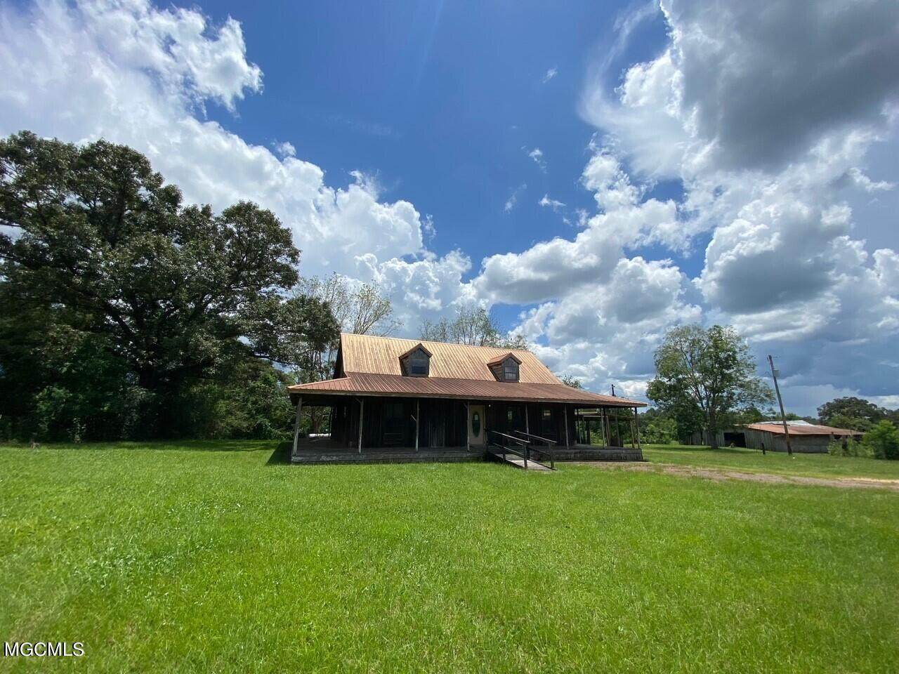 25163 Mchenry Rd - Photo 1