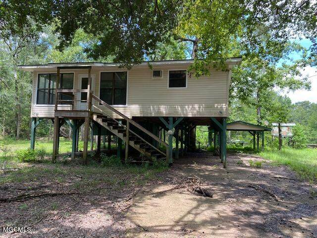 118 Maple Dr, Lucedale, MS 39452 (MLS #378302) :: The Sherman Group