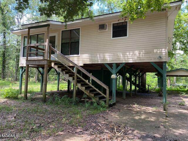 118 Maple Dr, Lucedale, MS 39452 (MLS #378443) :: Berkshire Hathaway HomeServices Shaw Properties