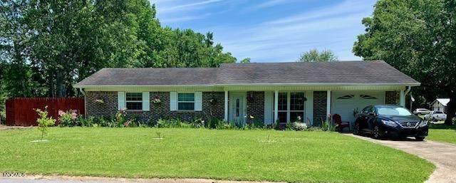 1500 Parktown Dr, Ocean Springs, MS 39564 (MLS #379367) :: The Sherman Group