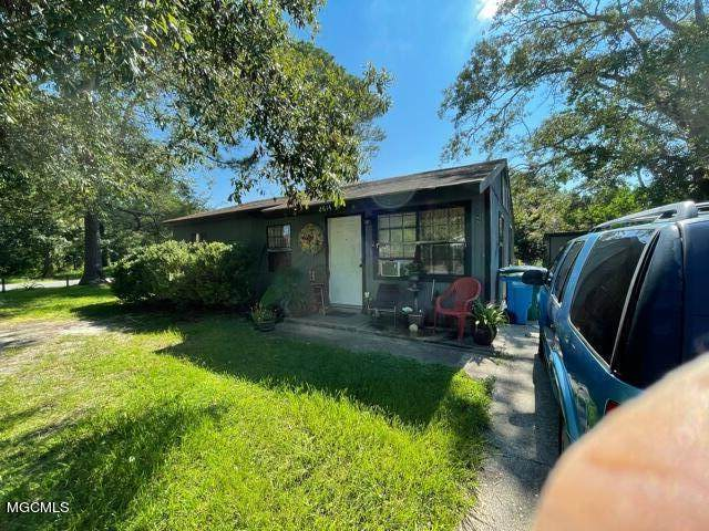 2614 Hester St, Pascagoula, MS 39581 (MLS #380329) :: Berkshire Hathaway HomeServices Shaw Properties