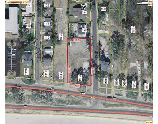 1104 Beach Blvd, Biloxi, MS 39530 (MLS #262725) :: Amanda & Associates at Coastal Realty Group