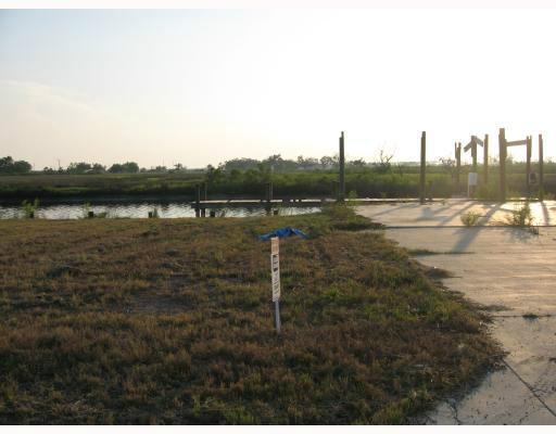 5169 Lambert Ln, Bay St. Louis, MS 39520 (MLS #270028) :: Amanda & Associates at Coastal Realty Group