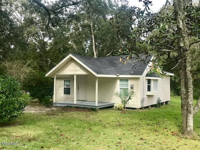 3733 Roberts Rd, Moss Point, MS 39562 (MLS #341105) :: Sherman/Phillips