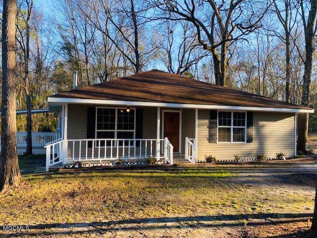 6 Cherry Dr, Carriere, MS 39426 (MLS #357929) :: Coastal Realty Group