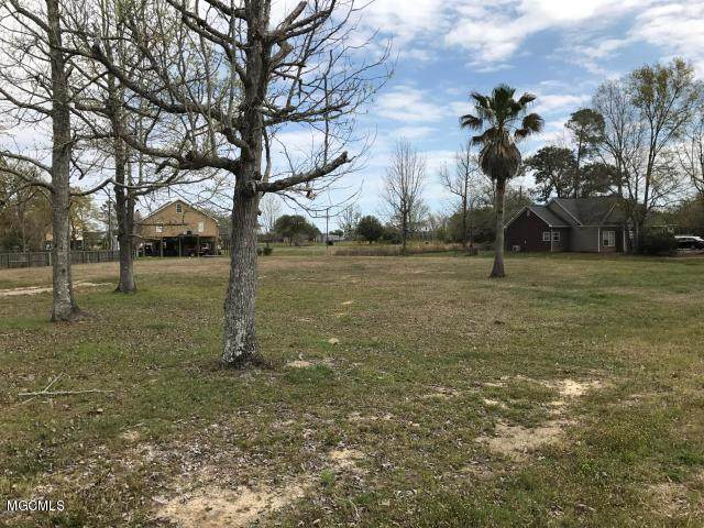 10113 Bald Eagle Dr, Biloxi, MS 39532 (MLS #365133) :: Coastal Realty Group