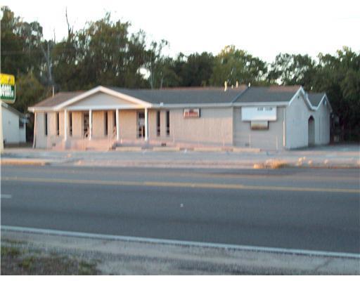 1966 Pass Rd, Biloxi, MS 39531 (MLS #203373) :: Amanda & Associates at Coastal Realty Group