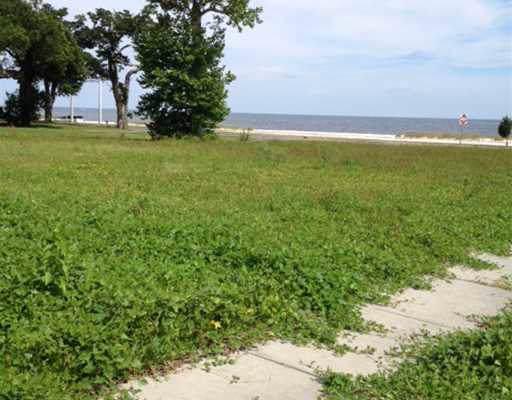 1356 Beach Blvd - Photo 1