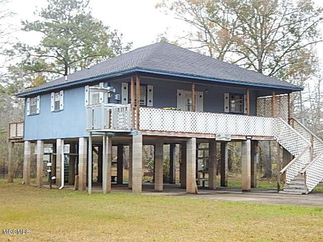 10425 Hightide Dr, Moss Point, MS 39562 (MLS #332215) :: Coastal Realty Group
