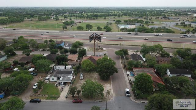 1229 W Hayes St., Harlingen, TX 78550 (MLS #29711830) :: The Martinez Team