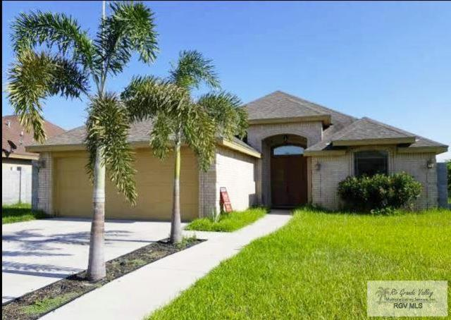 206 Thornwood Dr., RIO GRANDE CITY, TX 78582 (MLS #29713794) :: Berkshire Hathaway HomeServices RGV Realty