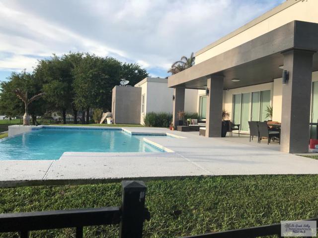1419 Santa Ana Infinity Pool!, Rancho Viejo, TX 78575 (MLS #29718180) :: The Monica Benavides Team at Keller Williams Realty LRGV