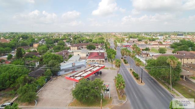 952 Palm Blvd., Brownsville, TX 78520 (MLS #29718550) :: The Monica Benavides Team at Keller Williams Realty LRGV