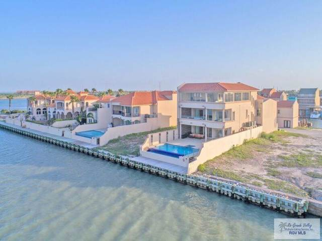 156 Queens Point Dr., Port Isabel, TX 78578 (MLS #29721401) :: The Monica Benavides Team at Keller Williams Realty LRGV