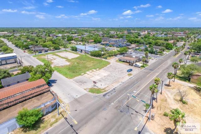105 Palm Blvd., Brownsville, TX 78520 (MLS #29715392) :: The Monica Benavides Team at Keller Williams Realty LRGV