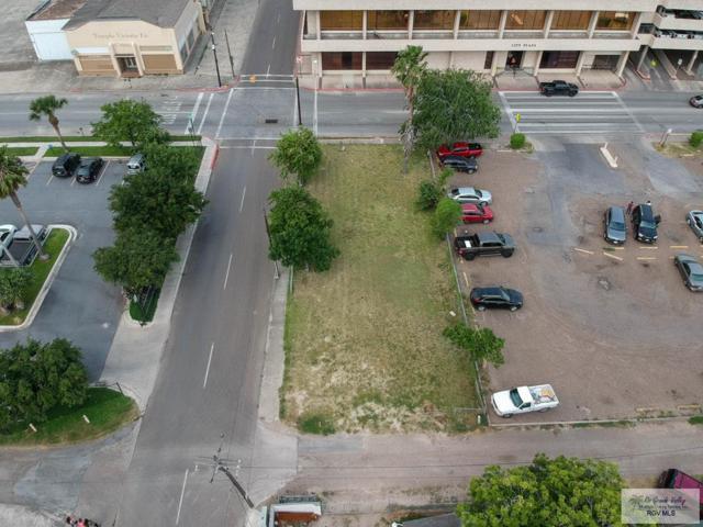 1004 E St Charles St., Brownsville, TX 78520 (MLS #29717316) :: The Monica Benavides Team at Keller Williams Realty LRGV