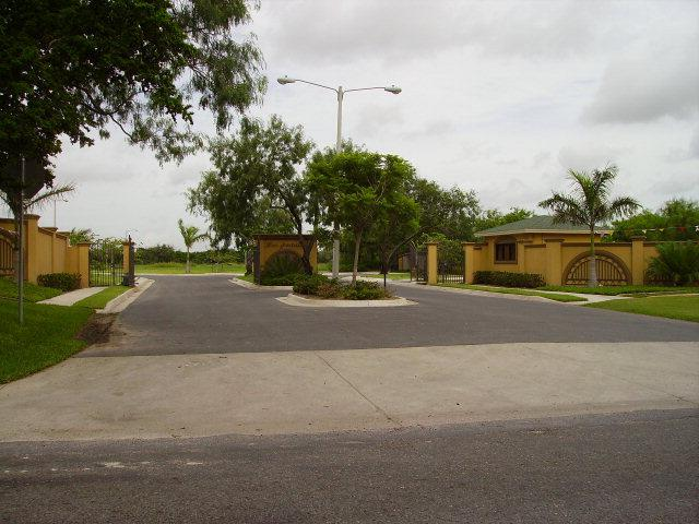 2612 Los Portales Dr. Lot 33, Blk 1, Brownsville, TX 78526 (MLS #29651586) :: The Martinez Team
