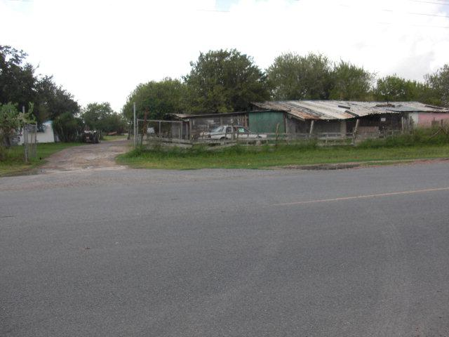 6304 Coffee Port Rd., Brownsville, TX 78521 (MLS #29666165) :: The Martinez Team