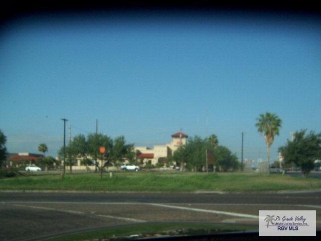 4295 N Expressway 77/83, Brownsville, TX 78526 (MLS #29702182) :: The Martinez Team