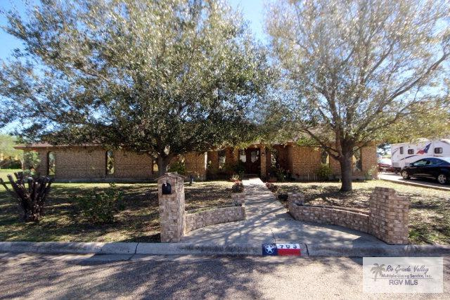 703 S Lancelot Dr., Weslaco, TX 78596 (MLS #29704626) :: The Martinez Team