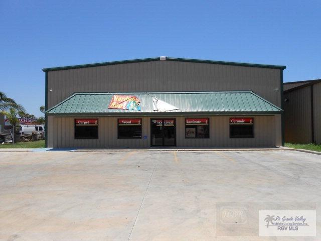 8022 W Expressway 83, Harlingen, TX 78552 (MLS #29705382) :: The Martinez Team
