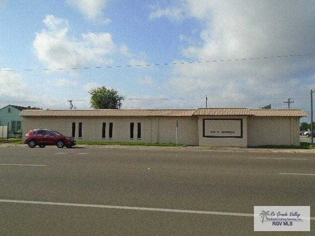 802 E Harrison Ave., Harlingen, TX 78550 (MLS #29705811) :: The Martinez Team