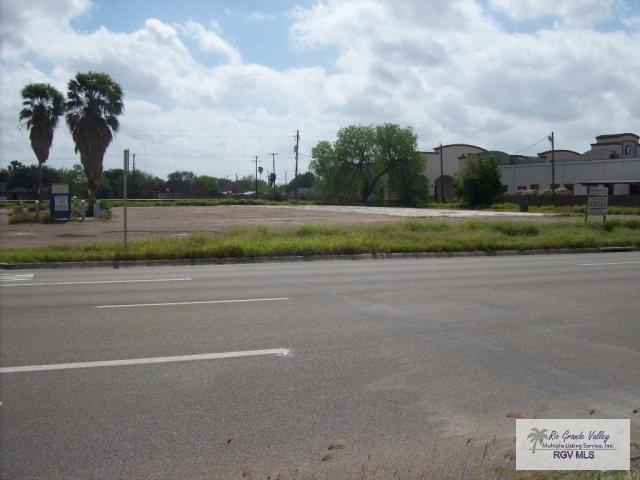809 W Expressway 83, Donna, TX 78537 (MLS #29706307) :: The Monica Benavides Team at Keller Williams Realty LRGV