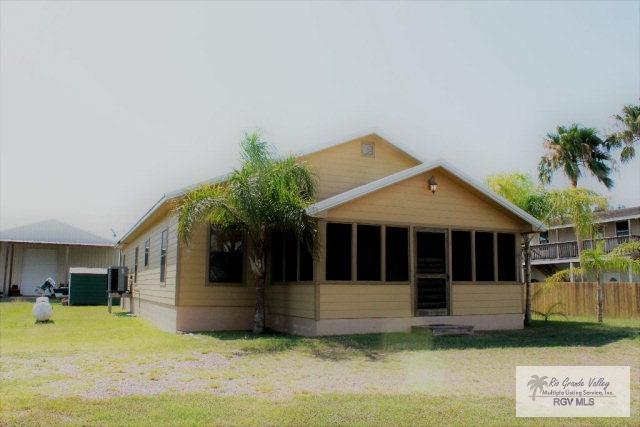 922 Mansfield Dr., Port Mansfield, TX 78598 (MLS #29706461) :: The Martinez Team